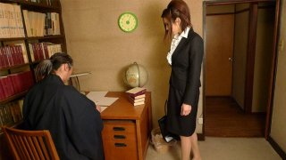 Office slut Mai Kuroki gets rammed and facialized - Japan HDV