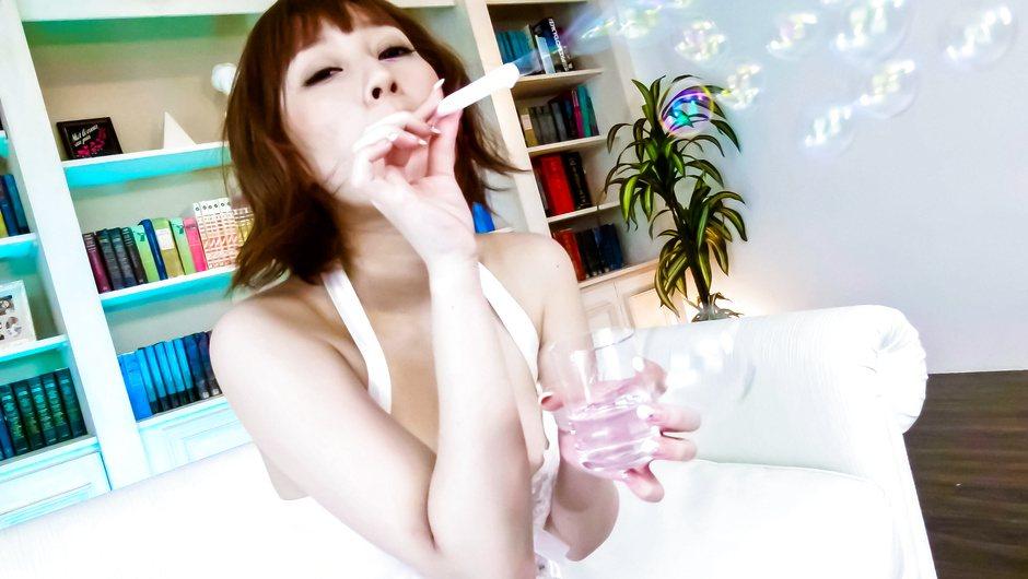 Tiara Ayase in lingerie teasing and grinding on cock - AV69
