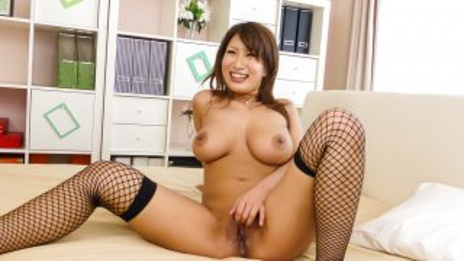 Milf in Japanese stockings, hardcore sex in three - AVStockings