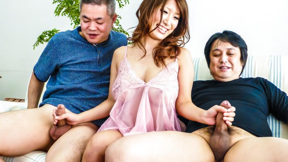 YumeMizuki handles large cocks expertly outdoors - JAVHD