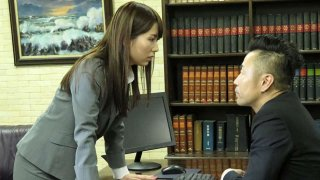 Yui Hatano resolves problems with a blowjob - Japan HDV