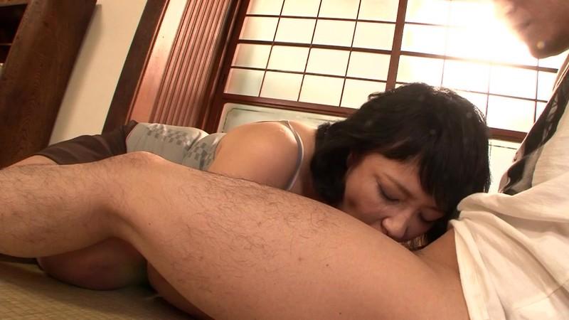 [J99-081B] A Stepmom's Sex Life With Her Stepson Sumire Araki 52 Years Old - R18