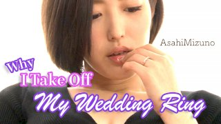 [4229-164] Why I Take Off My Wedding Ring - HeyDouga